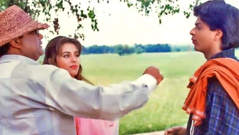 পারদেশ- ১৯৯৭ সালে এই ছবিটিতেও শাহরুখ দুর্দান্ত অভিনয় করেছিলেন।