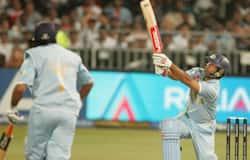 Yuvraj Singh hits six
