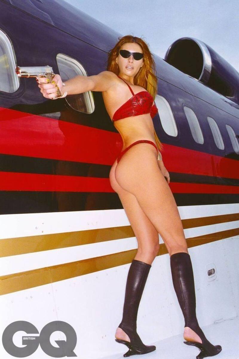 मेलानिया का मॉडलिंग करियर आइरीन मैरी मॉडल और ट्रम्प मॉडल मैनेजमेंट से जुड़ा था।