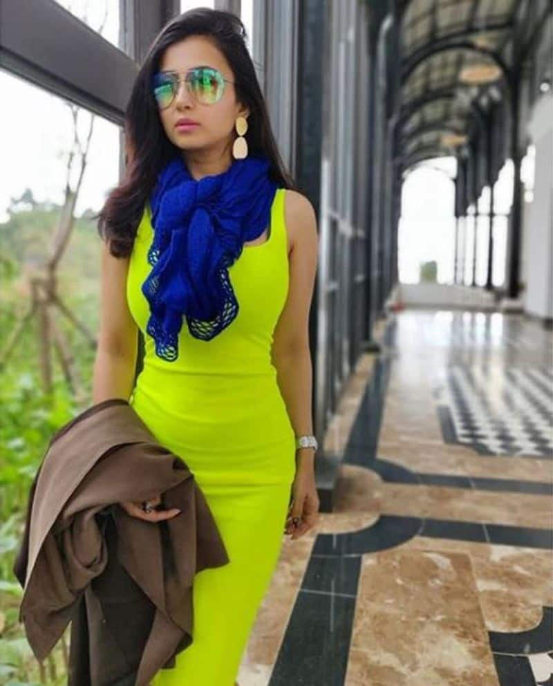 Tollywood Actress Monami Ghosh shares a new song video goes viral on internet