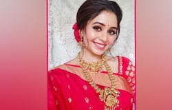 <p>The actress was seen flaunting her red dress for the camera. Ritabhari's red hot carpet look and red lipstick have left the fans dumbstruck.<br /> &nbsp;</p>