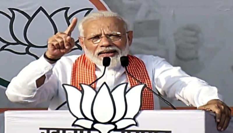 Congress insulted Savarkar, denied Bharat Ratna to Ambedkar says PM Modi at Maharashtra rally