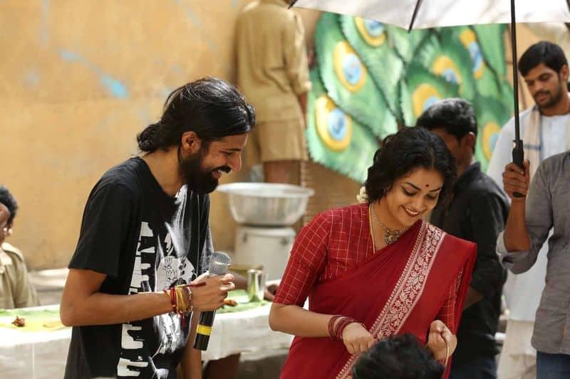 'మహానటి' సినిమా సెట్స్ లో దర్శకుడు నాగాశ్విన్ తో కీర్తి సురేష్