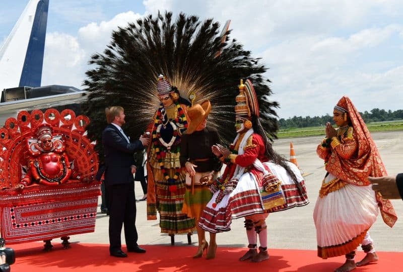 Dutch King and Queen get warm welcome in God's own country