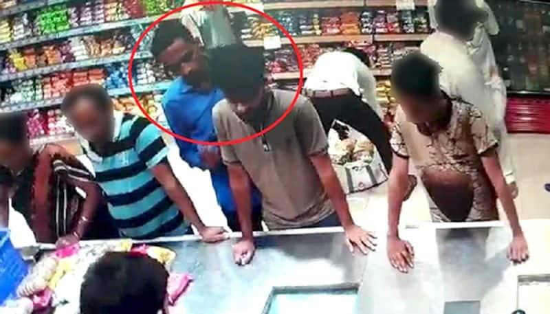 Kamlesh Tiwari murder: Guns used in the murder hidden in a sweet box?