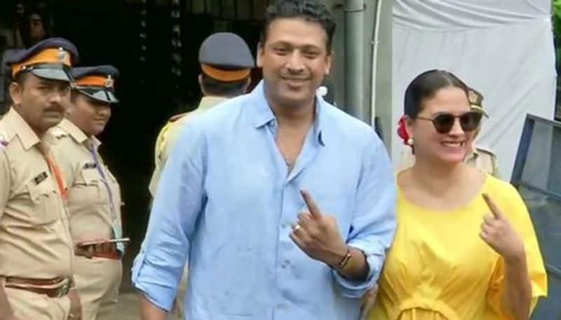 Maharashtra Assembly Elections: Actor Lara Dutta and her husband Mahesh Bhupati cast their votes