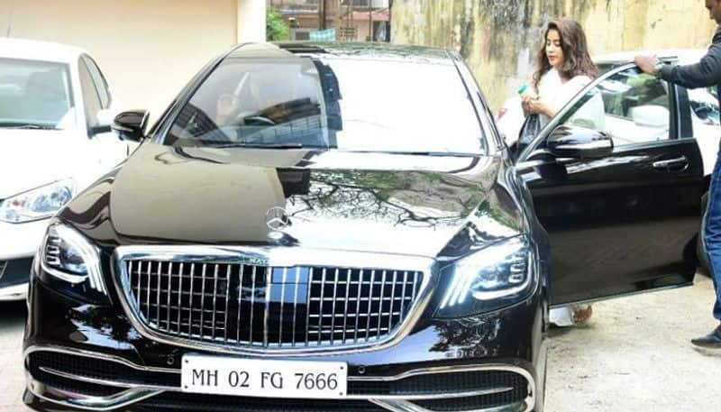 sridevi's daughter jhanvi kapoor's new car features and specifications