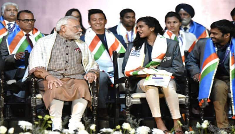 PV Sindhu supports Narendra Modi for Bharat Ki Laxmi campaign