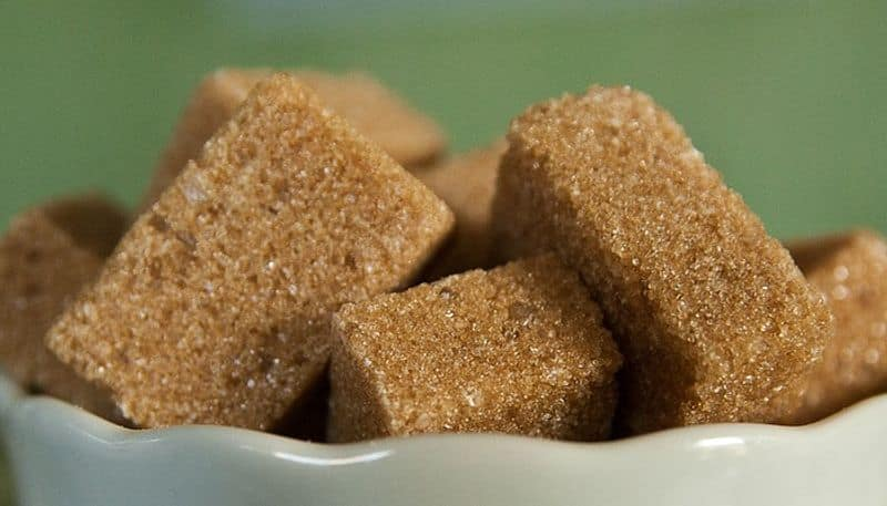 Tips to detect adulteration in sugar