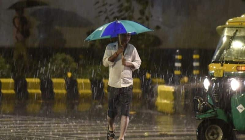 Heavy rain predicts in Maharashtra and Goa issue red alert