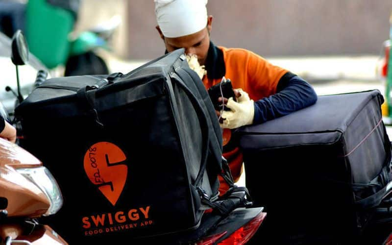 swiggy complaint against religions idology person for he ignoring  muslim delivered food