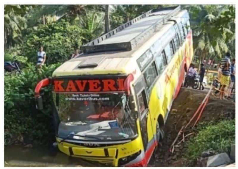 private travels bus accident at andhra pradesh