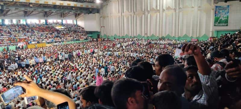 సరూర్ నగర్ ఇండోర్ స్టేడియంలో ఆర్టీసీ కార్మికులు