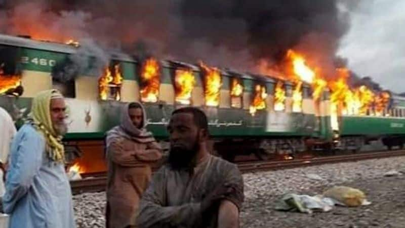 Pakistan train fire killed more than 65 people video of the accident