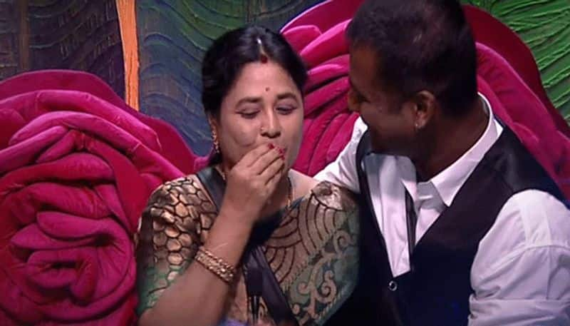 Bigg Boss 3 Rahul's mother emotional appeal to audience