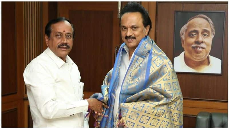 H.Raja is signature to betray the country's enemies