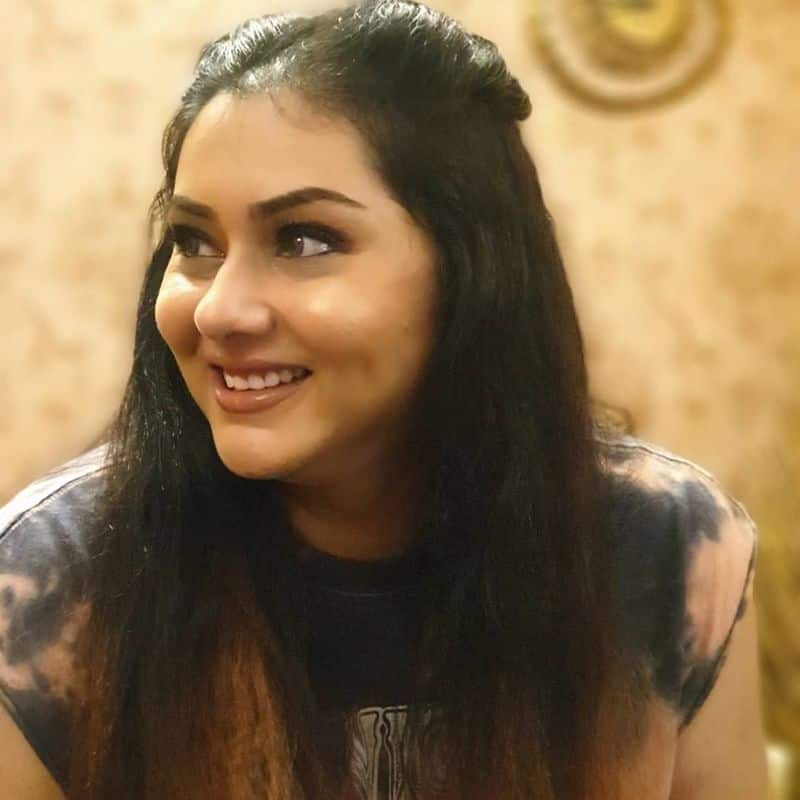 actress namitha advice to public to if birth one girl baby should sapling planting