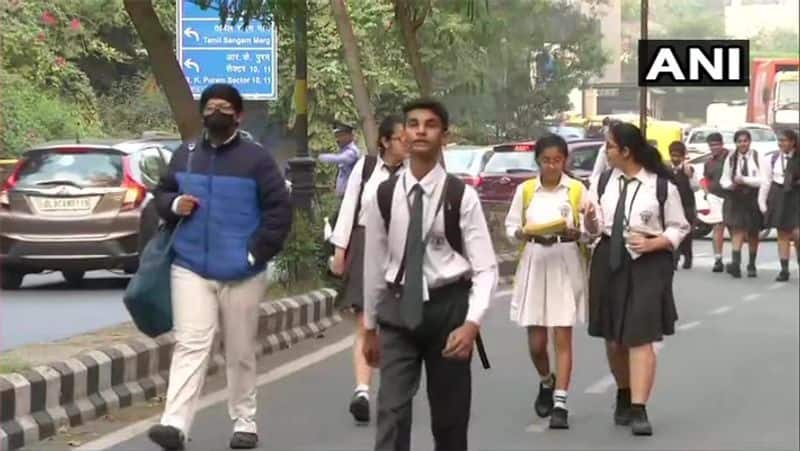 Delhi's air quality remains 'very poor'; schools reopen