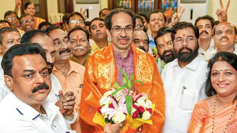 Shiv Sena compares BJP to Hitler, Congress is not the enemy of the State