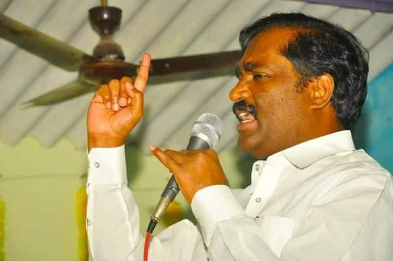 Velmurugan attacked Rajinikanth on tuticorin firing issue
