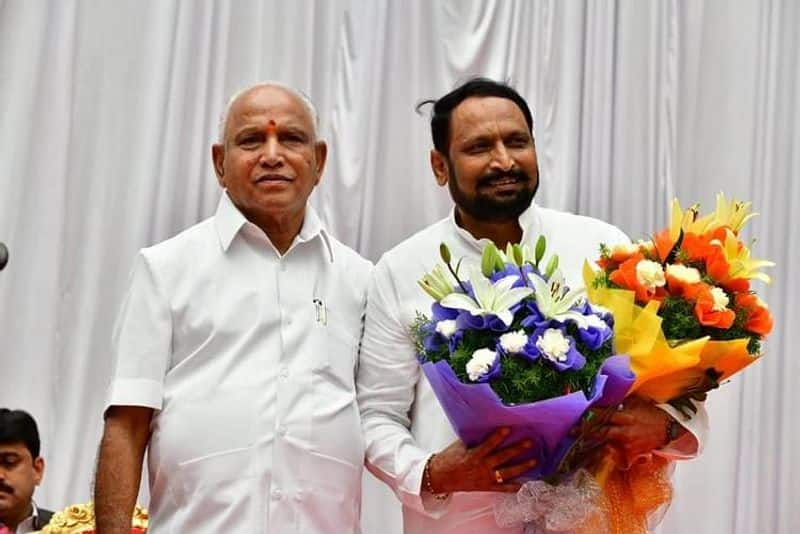 BJP will be strong in Karnataka, after bye-election, government will need 'sixes'