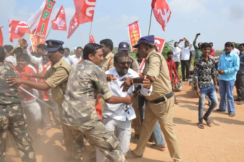sand shortage in ap...  cpi, cpm parties protest at kurnool