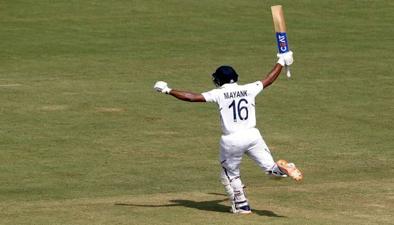 India posts 493 runs on the board at the end of day two at Indore