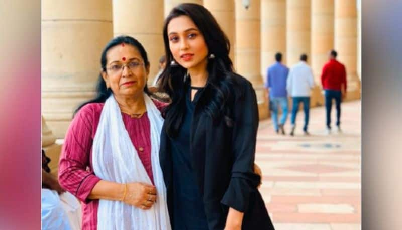 Mimi Chakraborty at parliament session with her mommy