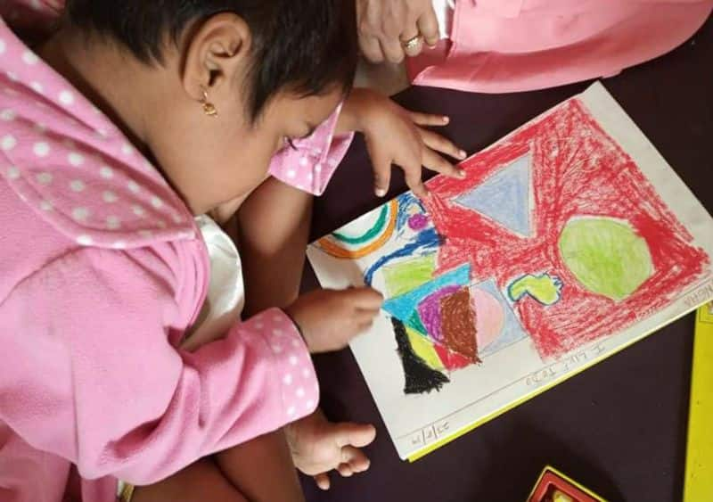 painting exhibition of cancer affected kids in bengaluru