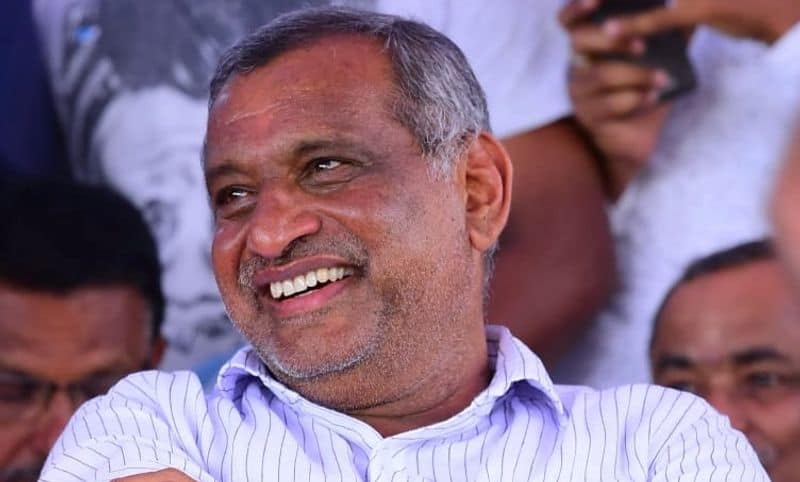 minister madhuswamy refuses quit from Minister Post