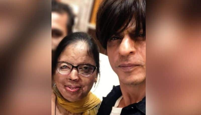 Shahrukh Khan wishes new married couple to an acid attack victim