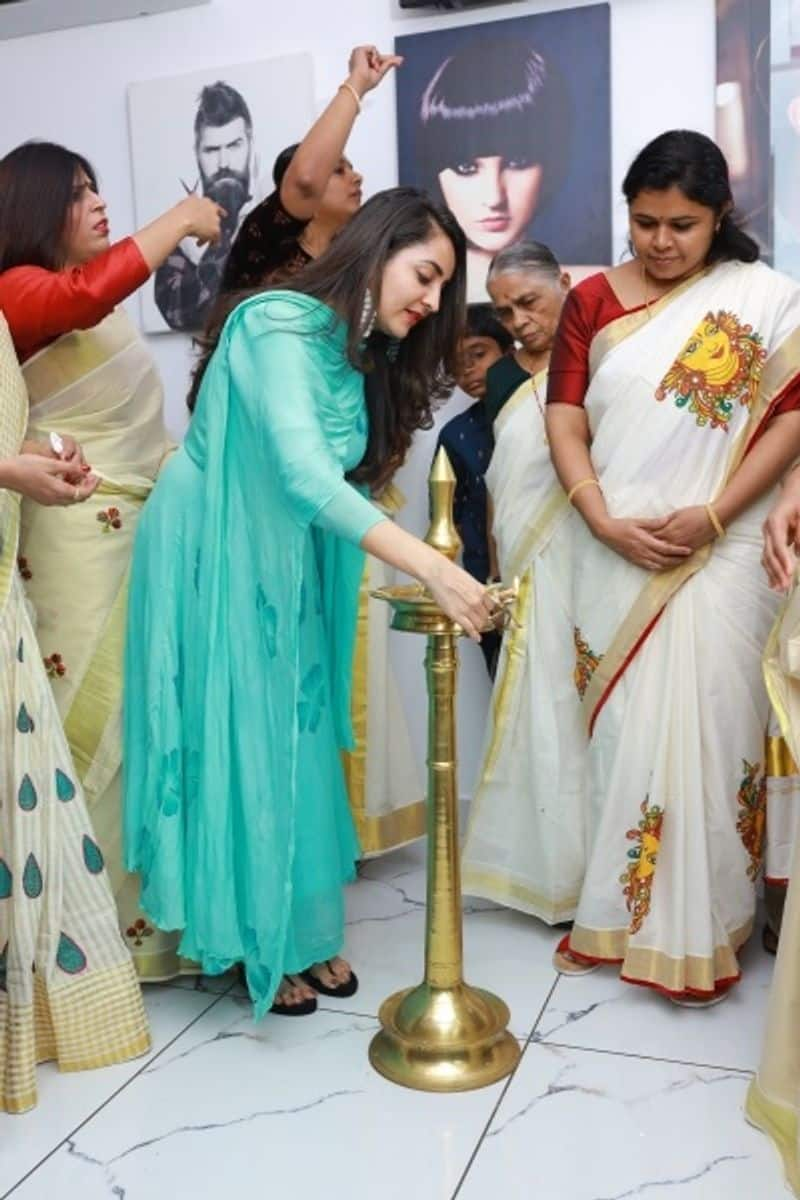 Glam Studios launches first salon in Kerala