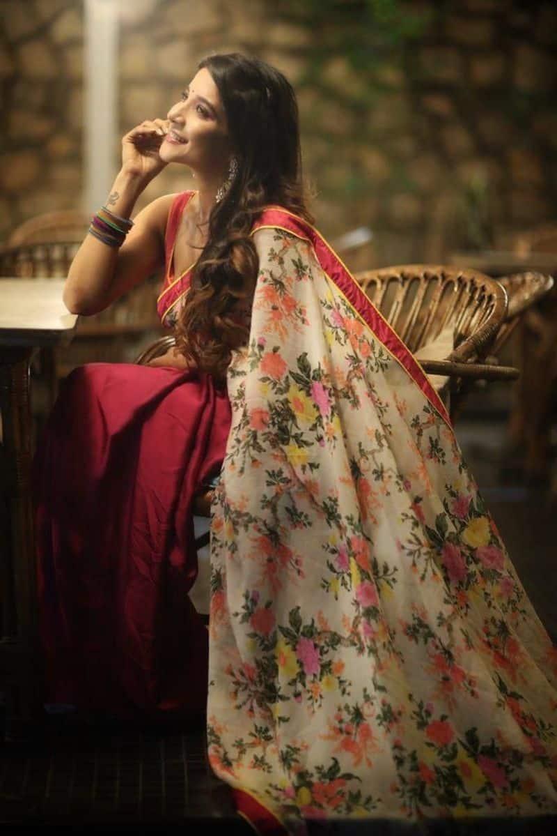 சோலை கட்டிய சித்திர நிலா