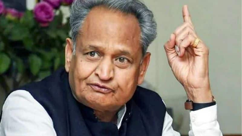 Learn why Ashok Gehlot gave a 'sweet threat' to the media!