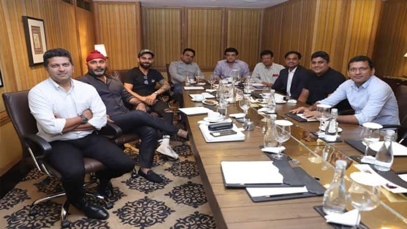 Was the allegations of Farooq Engineer true, Anushka was present in the meeting of the BCCI Selection Committee?