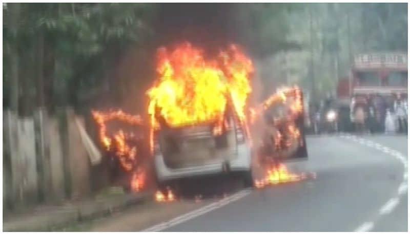 Mysterious fire on Hindu Leader's car .. !! Tirupur in anxiety. !!
