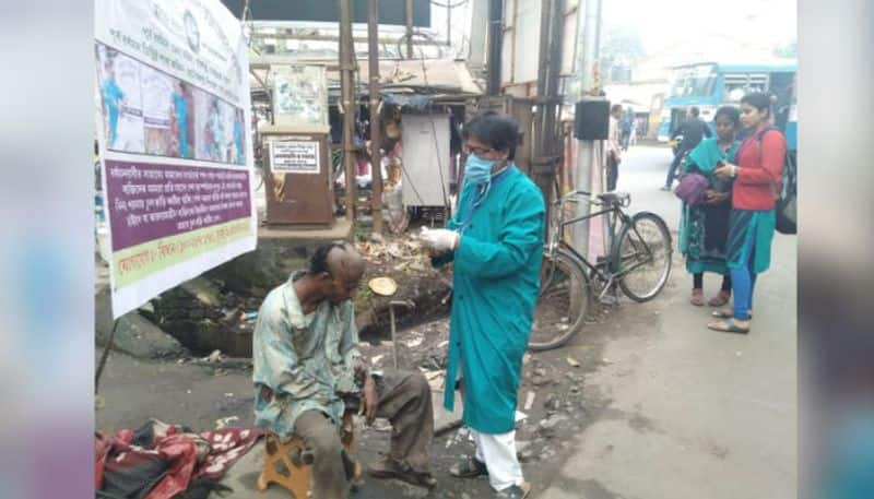 Barbers offers free service to the home less people in Burdwan