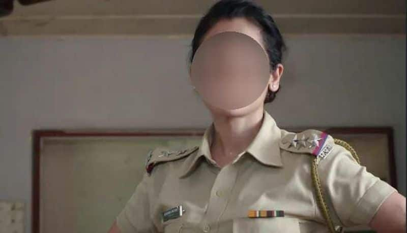 women sub inspector did cleverly talk and acting with rowdy and arrest