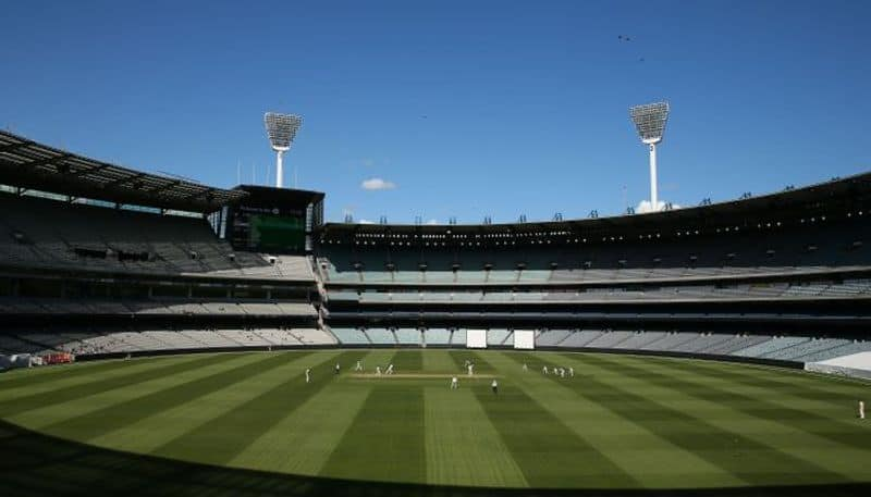 Play abandoned at Melbourne due to bad bounce of the wicket
