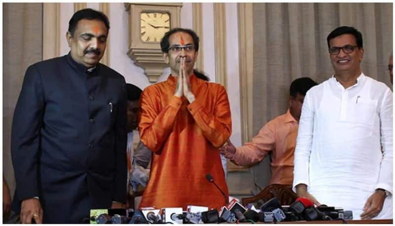 Uddhav involved in cabinet expansion, pressure increased for two deputy CMs