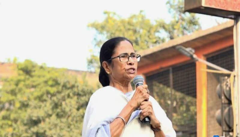 Mamata Banerjee seeks UN intervention in CAA; MHA calls for emergency meeting