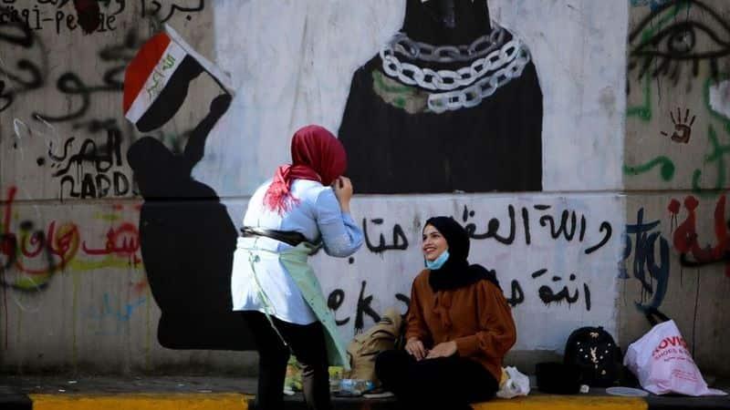 women in protest in Iraq