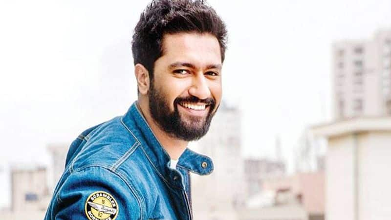 vicky koushal shared a video of omelette cooking