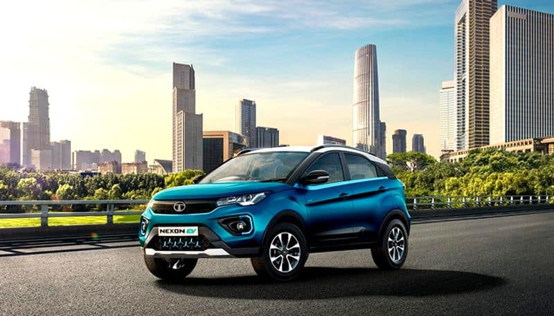 Tata nexon electric car  started pre bookings  an amount of 21 000