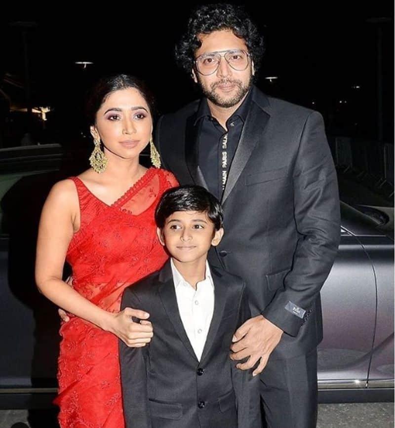 விருது விழாவில் மனைவி மற்றும் மகனுடன் ஜெயம் ரவி