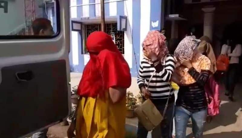 Two actresses arrested in sex racket, know how much was charged