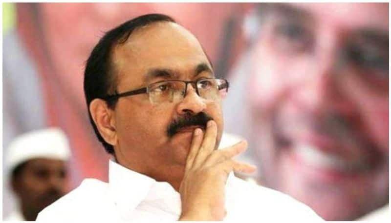 national womens commission filed case against v d satheesan for a comment allegedly by him in facebook page