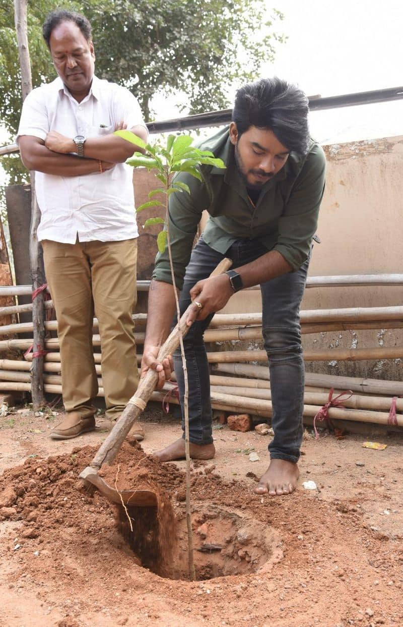 Sudigali Sudheer participates in Green India Challenge