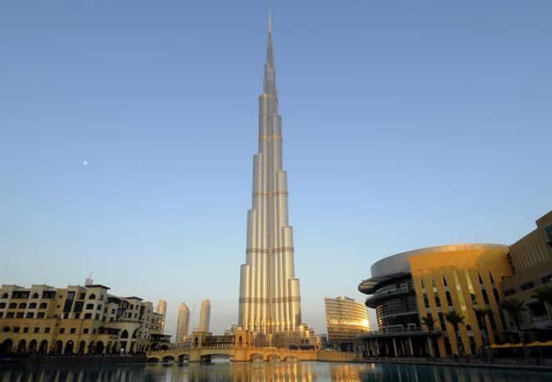 Gandhi Jayanti Burj Khalifa to display Mahatma Gandhis images-snj