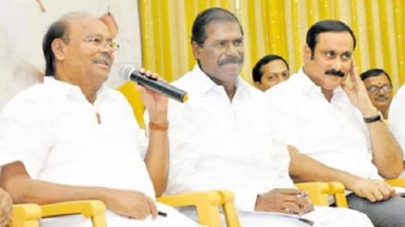 Anbumani should sit in the castle..ramadoss